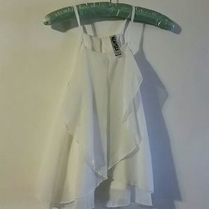 Woman's white Beautees top sz S  (7-8)
